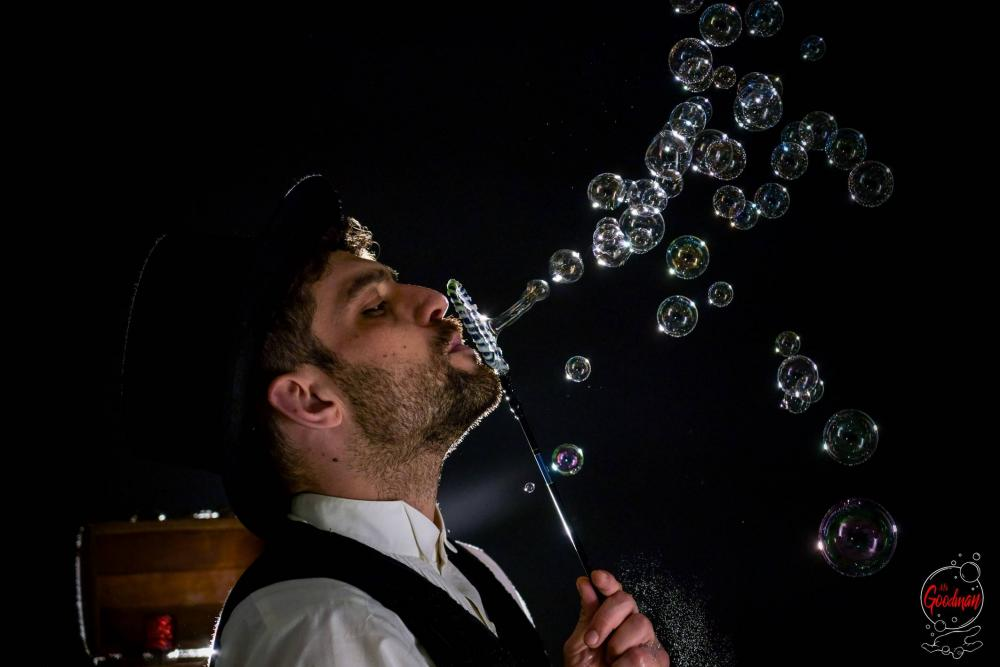 Soap Bubble Show Thomas Goodman Bolle di Sapone 23