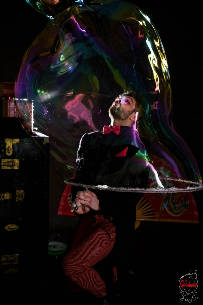 Soap Bubble Show Thomas Goodman Bolle di Sapone 45