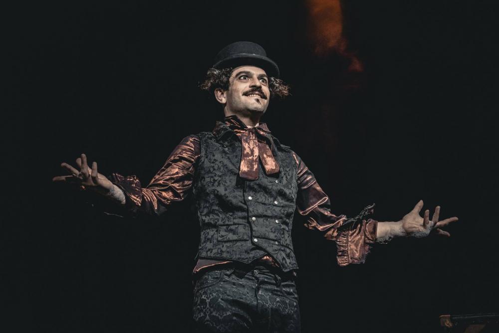 Spettacolo Bolle di Sapone Thomas Goodman Dr Jekyll e Mr Hyde _15